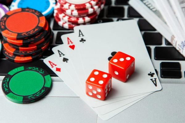 Social Media On Online Casinos