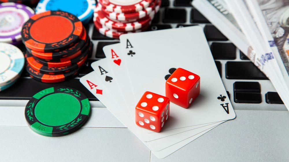 Social Media On Online Casinos